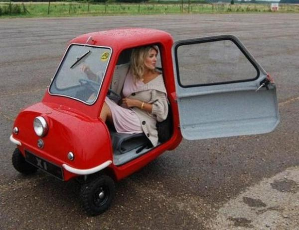 Funny-One-Seater-Small-Car